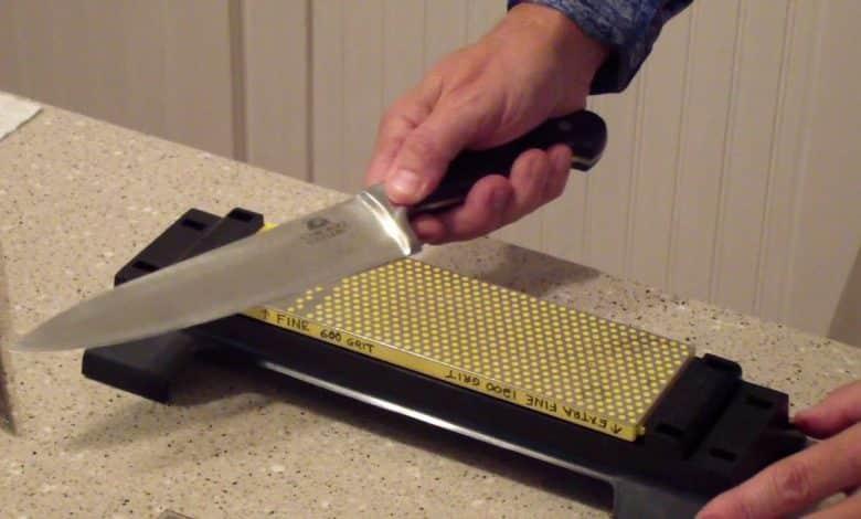 A Diamond Knife Sharpener