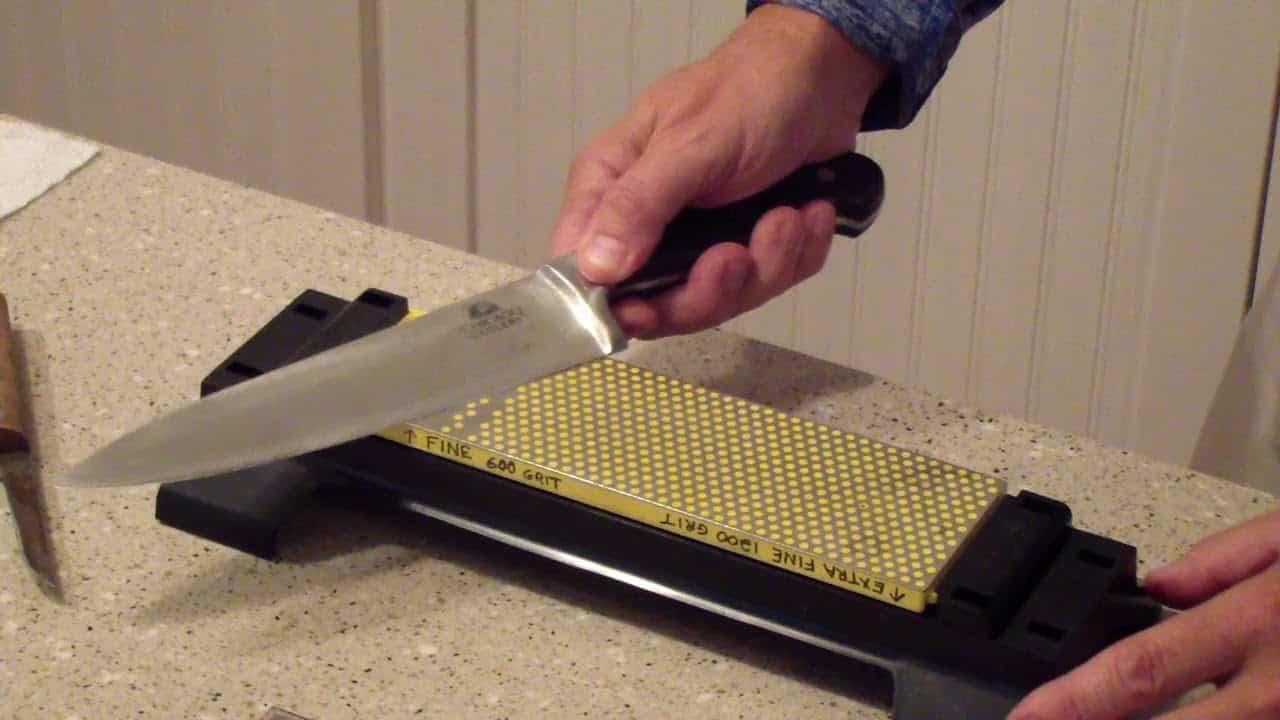 Manually Operated Diamond Knife Sharpener